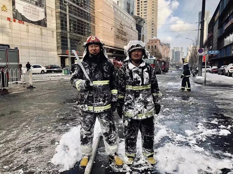 致敬消防员,哪有什么岁月静好,只是有人为你
